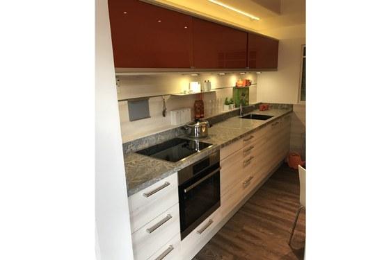 Melaminharz Painted Wood Zweizeilige Küche in Lippstadt