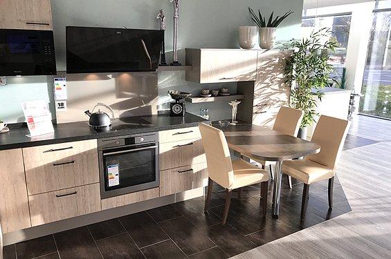 Küche in L-Form Eiche seidengrau
